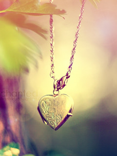 Love Locket Wallpaper : Locket Wallpaper