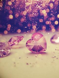 Download Crystal Heart Wallpaper - Mobile Wallpapers - Mobile Fun