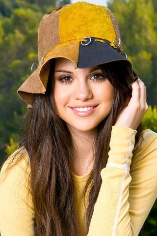Selena Gomez for iPhone Wallpaper