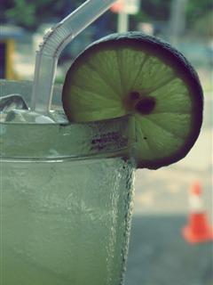 cool lemons juice